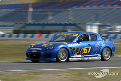 La Mazda RX-8 n°67 de SpeedSource (Nick Fanelli, Rich Walker, Gary Wollersheim)