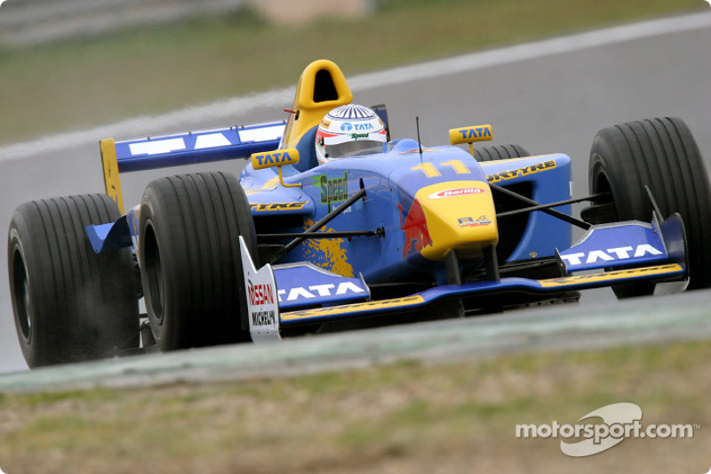 "2004: <img src=""https://cdn-2.motorsport.com/static/img/cfp/0/0/0/100/102/s3/india-2.jpg"" alt="""" width=""20"" height=""12"" />Нараин Картикеян"