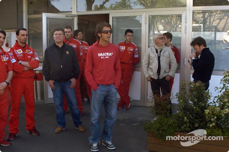 Valentino Rossi mengunjungi trek Fiorano: Valentino Rossi