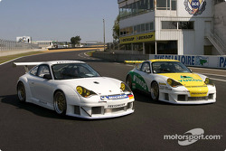 The two Freisinger Motorsport Porsche 911 GT3 RSR