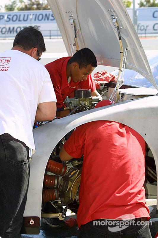 Les mécaniciens d'Evernham Motorsports