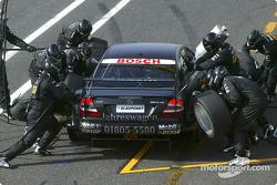 Boxenstopp-Training: Bernd Mayländer, Team Rosberg, AMG-Mercedes CLK-DTM 2003