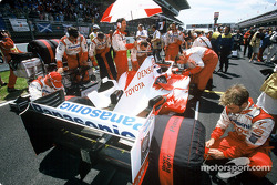 Olivier Panis on the starting grid
