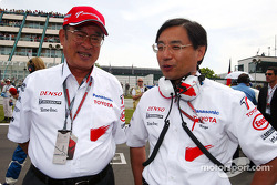 President of Toyota Motor Corporation Fujio Cho and Keizo Takahashi on the starting grid