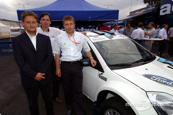 Luca Pregliasco, Astra Racing; Phillip Dunabin, chief motorsport engineer Ford TeamRS; Jost Capito Director Ford TeamRS with the new Ford Fiesta Junior World Rally Car