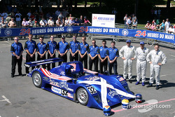 Team photo: Intersport Racing Lola Judd with team and drivers Clint Field, Rick Sutherland, William Binnie