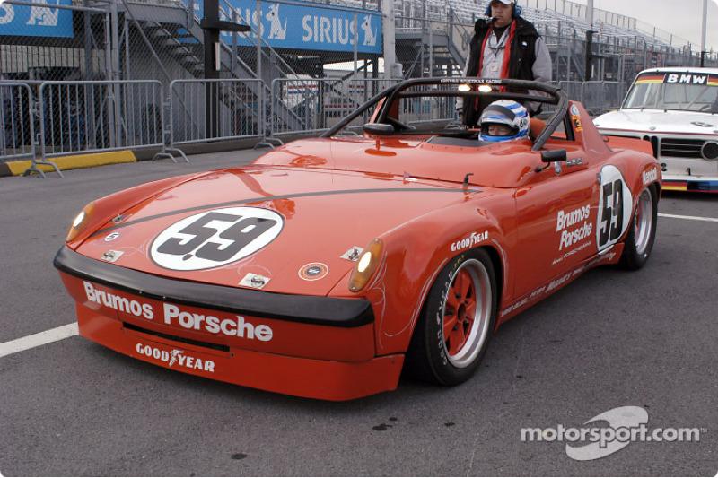Hurley Haywood in his Porsche 914