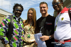 David Coulthard con Simone y amigos