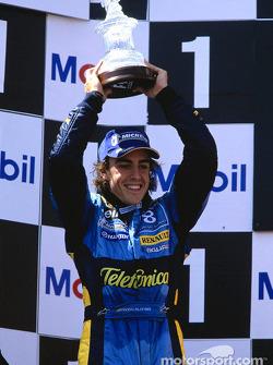 Podium: Fernando Alonso