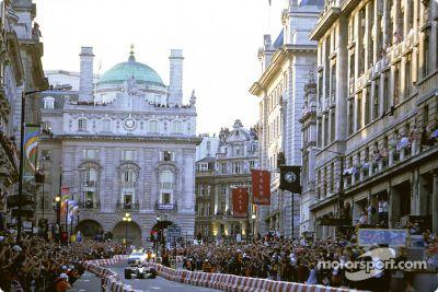Regent Street F1 parade