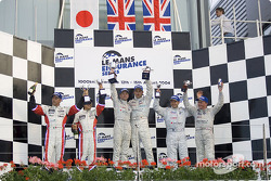LM P1 and overall podium: race winners Allan McNish and Pierre Kaffer, with Seiji Ara and Rinaldo Capello, and Jamie Davies and Johnny Herbert