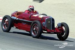 N°14 1932 Chrysler Rigante, Camilo Steuer
