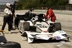 #11 Miracle Motorsports Lola B2K/40 Nissan: Mike Borkowski, John Macaluso in the pit