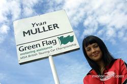 Yvan Muller's grid girl