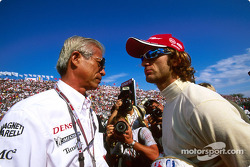 Akihiko Saito and Jarno Trulli on the starting grid