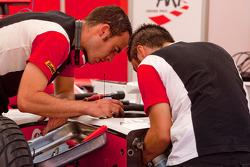 ART Grand Prix mechanics