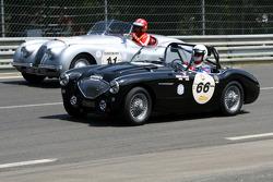 #66 Austin Healey 100 M 1956: Philippe Lanternier, Gildas Lecomte du Noüy and #11 Jaguar XK120 Roadster 1950: Didier Benaroya, Philippe Dischamp