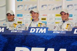 poleman Ralf Schumacher, Team HWA AMG Mercedes C-Klasse avec Bruno Spengler, Team HWA AMG Mercedes C-Klasse et Jamie Green, Persson Motorsport AMG Mercedes C-Klasse