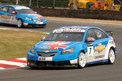 Robert Huff leads Alain Menu