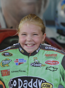 A young fan of Mark Martin, Hendrick Motorsports Chevrolet