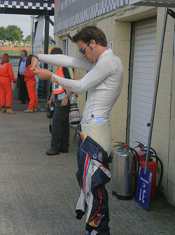 Jean-Eric Vergne preparing