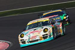 #9 Hatsune Miku X gsr Porsche: Taku Banba, Masahiro Sasaki, Mitsuhiro Kinoshita