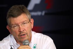 Conferencia de prensa de la FIA: Ross Brawn, director del equipo, Mercedes GP Petronas