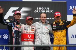 Podium: race winner Lewis Hamilton, second place Mark Webber, third place Robert Kubica