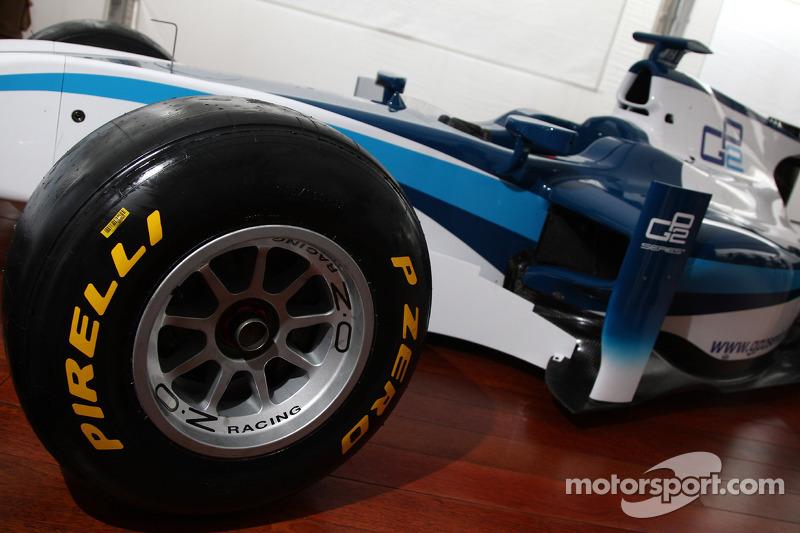 Voorstelling 2011 GP2 wagen op Pirelli banden