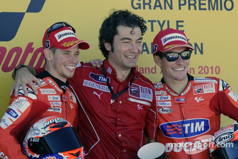 Podium: winnaar Casey Stoner, Ducati Marlboro Team, 3de Nicky Hayden, Ducati Marlboro Team