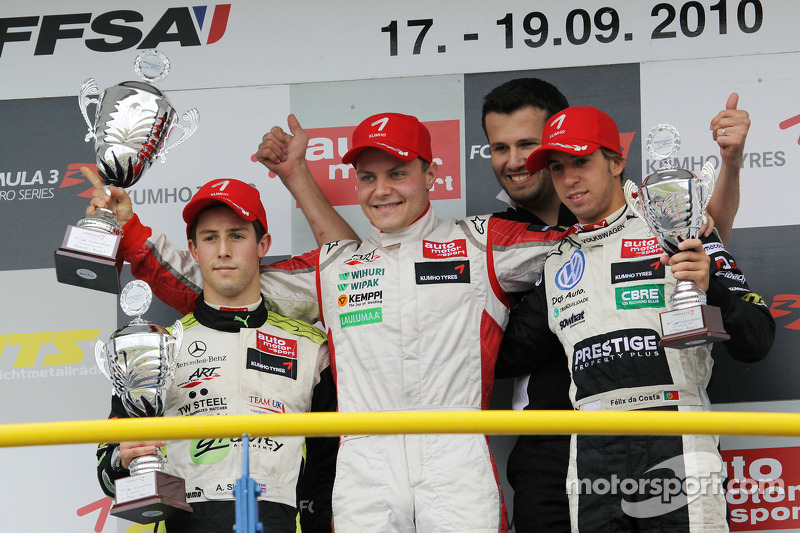 Podium: race winnaar Valtteri Bottas, ART Grand Prix Dallara F308 Mercedes, 2de Alexander Sims, ART Grand Prix Dallara F308 Mercedes, 3de Antonio Felix da Costa, Motopark Academy Dallara F308 Volkswagen