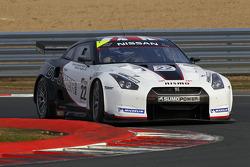 #22 Sumo Power GT Nissan GT-R: Warren Hughes, Jamie Campbell-Walter