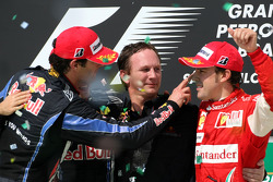 Podium: race winner Sebastian Vettel, Red Bull Racing, second place Mark Webber, Red Bull Racing, third place Fernando Alonso, Scuderia Ferrari, with Christian Horner, Red Bull Racing, Sporting Director
