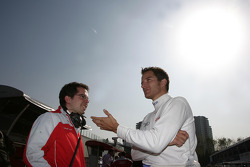 Timo Scheider, Audi Sport Team Abt Audi A4 DTM with his engineer Pascal Zurlinden