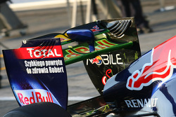 Red Bull aero paint on the rear wing