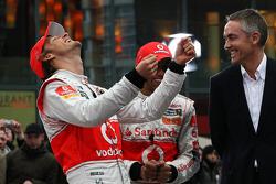 Jenson Button, McLaren Mercedes, Lewis Hamilton, McLaren Mercedes, Martin Whitmarsh, McLaren, Chief Executive Officer