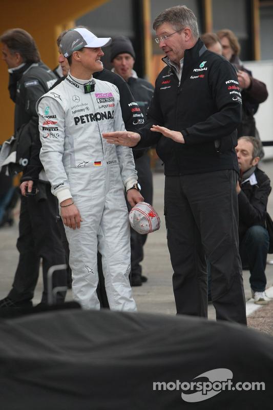 Michael Schumacher, Mercedes GP F1 Team; Ross Brawn, Mercedes-Teamchef