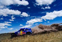 Volkswagen Motorsport test voor scrutineering: #304 Volkswagen: Mark Miller en Ralph Pitchford