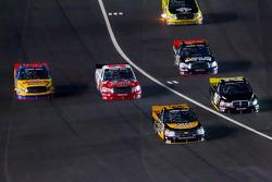 Jason White, Joe Denette Motorsports Chevrolet leads the field to pit road