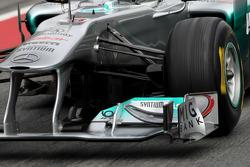 Mercedes GP technical detail, front suspension