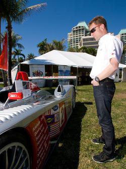 Go Green Auto Rally event in Miami: Allan McNish looks at his old Audi R8