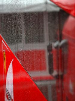 Lluvia fuerte en el Circuito de Cataluña para el último día de pruebas., Scuderia Ferrari