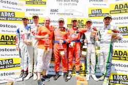 Podium: Sieger #24 kfzteile24 - APR Motorsport, Audi R8 LMS: Florian Stoll, Laurens Vanthoor; 2. #77 Callaway Competition, Corvette C7 GT3: Jules Gounon, Daniel Keilwitz; #7 Bentley Team ABT, Bentley Continental GT3: Daniel Abt, Jordan Lee Pepper