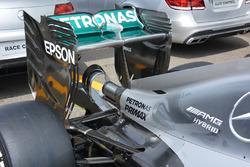Mercedes AMG F1 W07 Hybrid, ala posteriore e monkey seat