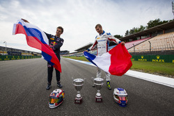 Pierre Gasly, PREMA Racing; Sergey Sirotkin, ART Grand Prix