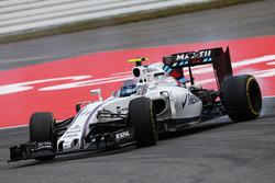 Valtteri Bottas, Williams FW38se recupera de un giro