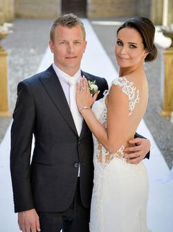 Foto de boda de Kimi Raikkonen y Minttu Virtanen