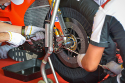Cal Crutchlow, Team LCR Honda, dettaglio del freno a disco