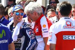 Третє місце Хорхе Лоренсо, Yamaha Factory Racing та Джіджі Далл'Інья, керівник Ducati Corse