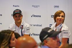 Фелипе Масса, Williams и Клэр Уильямс, руководитель Williams на пресс-конференции, посвященной окончанию карьеры Массы в конце этого сезона